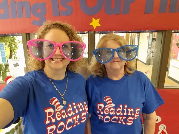 Southwestern Elementary's 2016 Right to Read Week activities.
